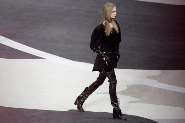 chanel-fall-winter-2013-14-ready-to-wear-seen-at-the-grand-palais-02