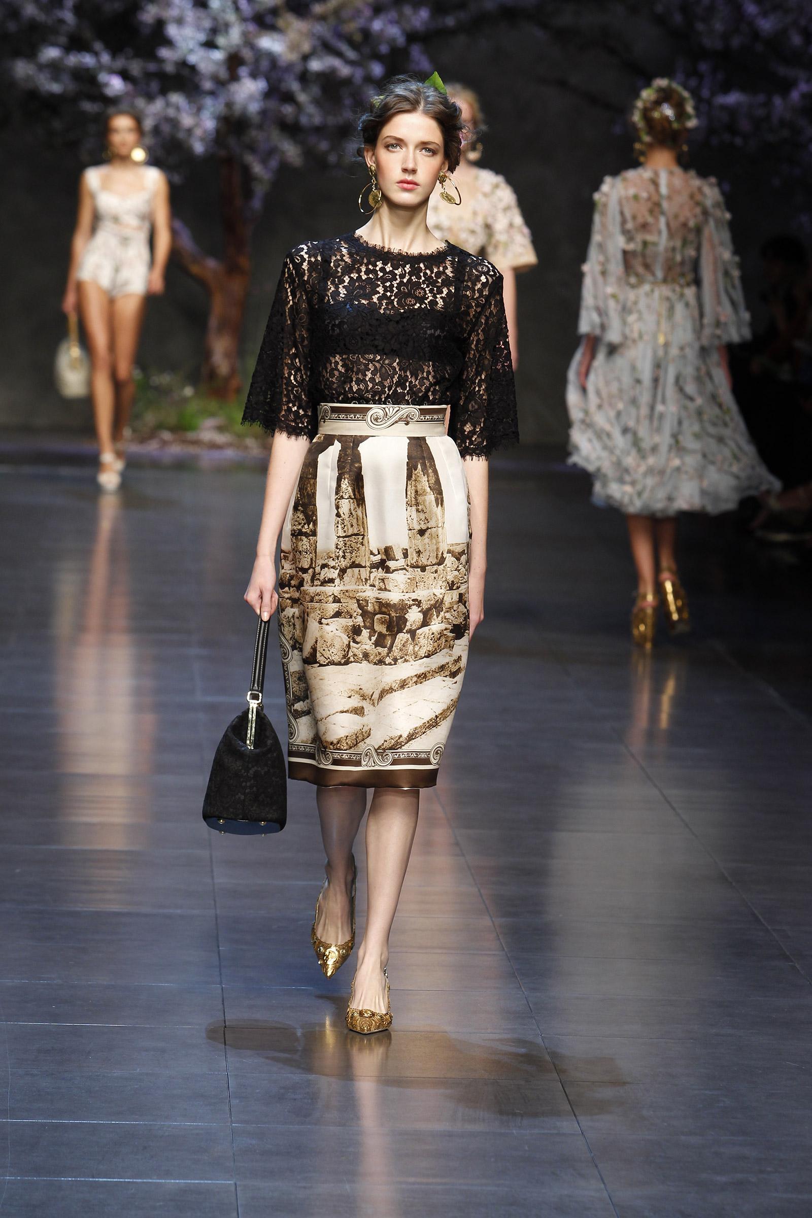 dolce-and-gabbana-ss-2014-women-fashion-show-runway-7