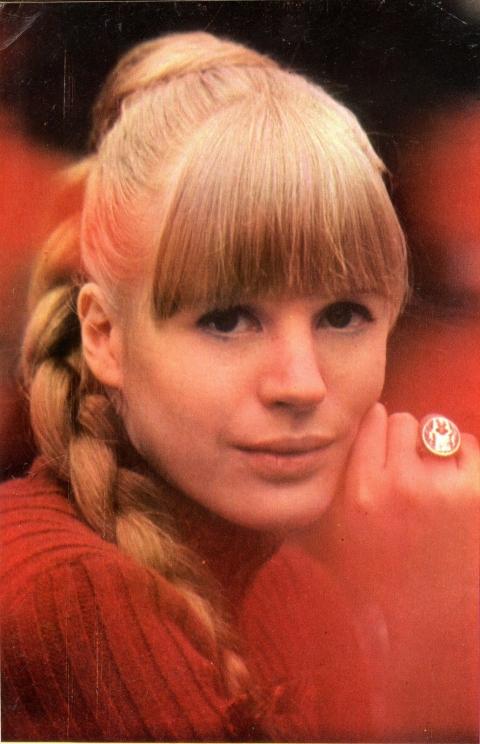 Marianne Faithfull2