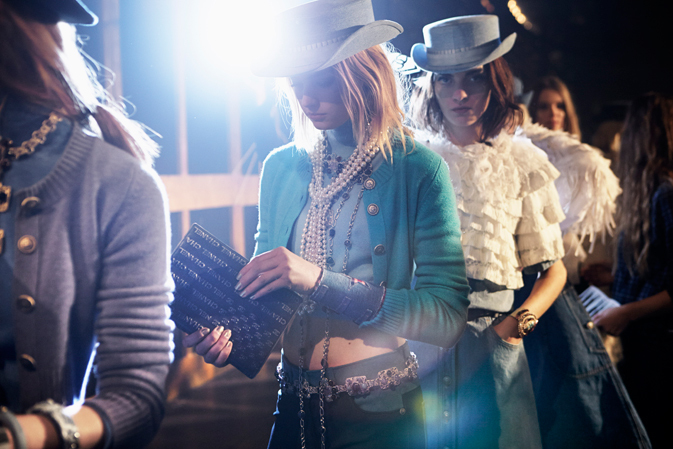 chanel-backstage-metiers-d-art-show-1
