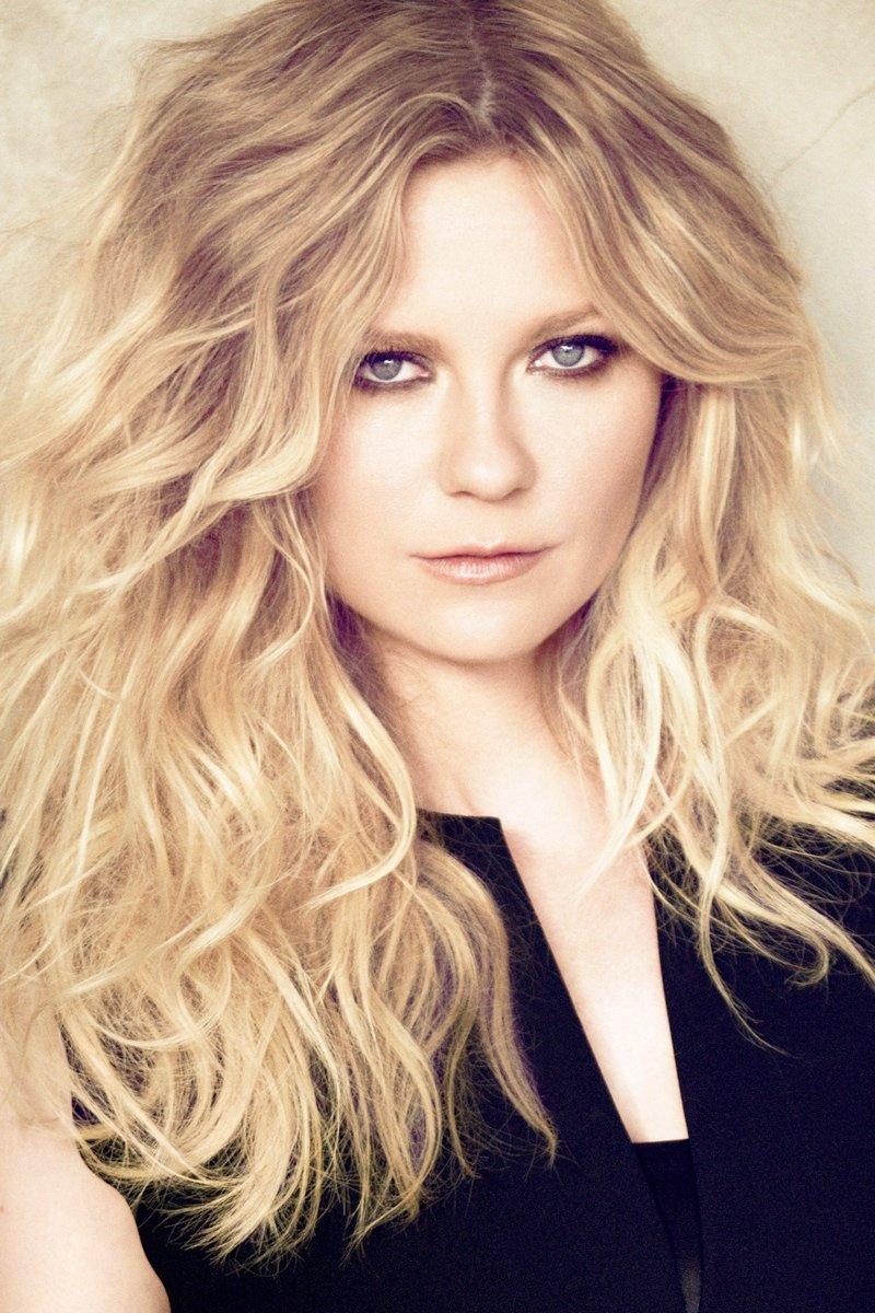 Kirsten-Dunst-Named-First-Ever-LOréal-Professionnel-Spokesperson
