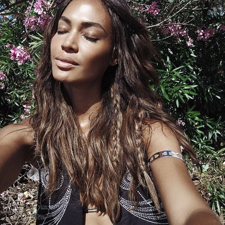 joan-smalls-beauty