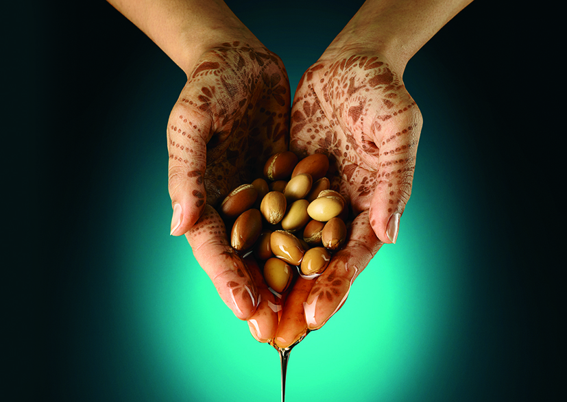 Argan_hands