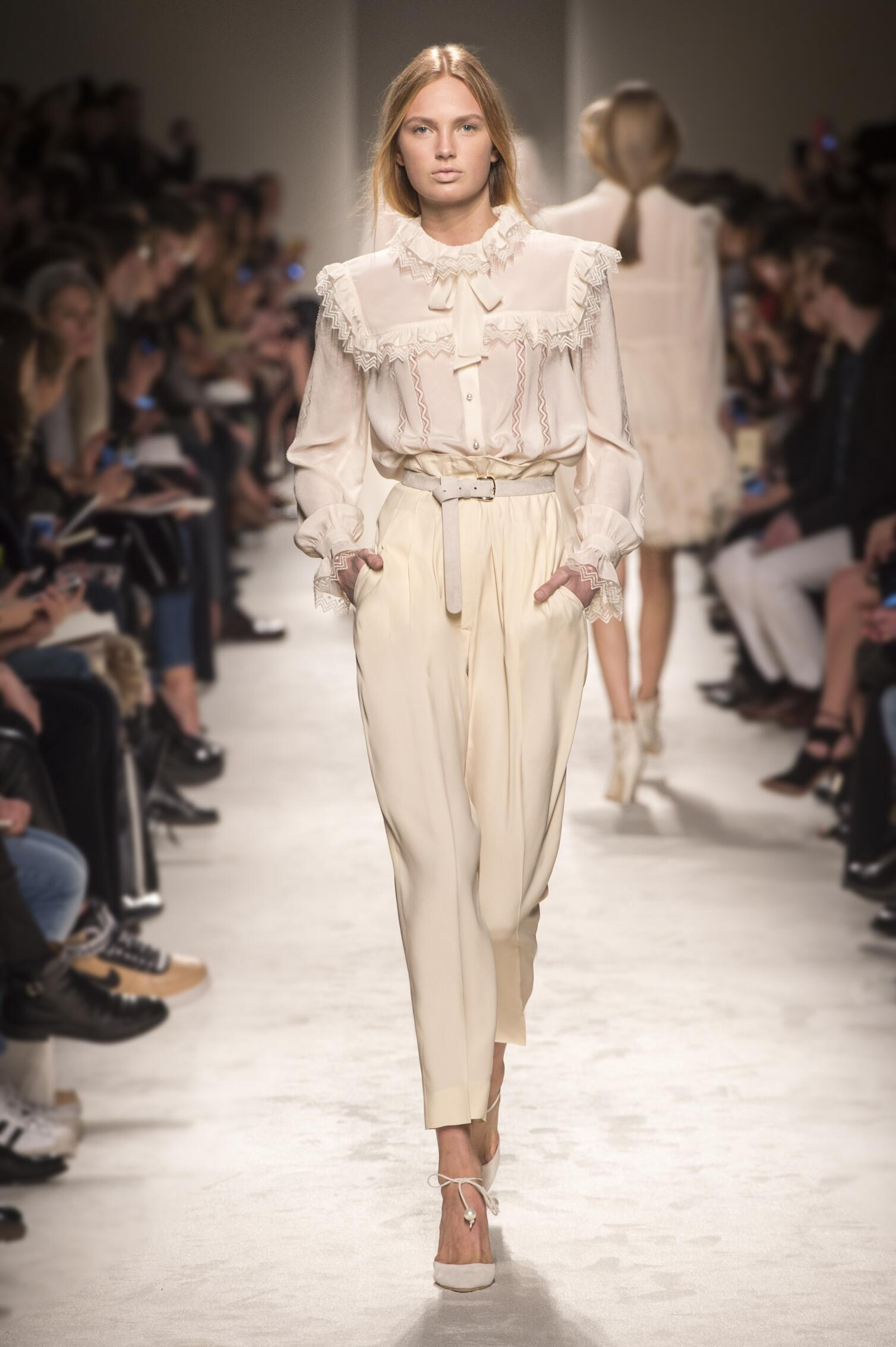 Fall-Winter-2015-16-Fashion-Collection-Philosophy-di-Lorenzo-Serafini