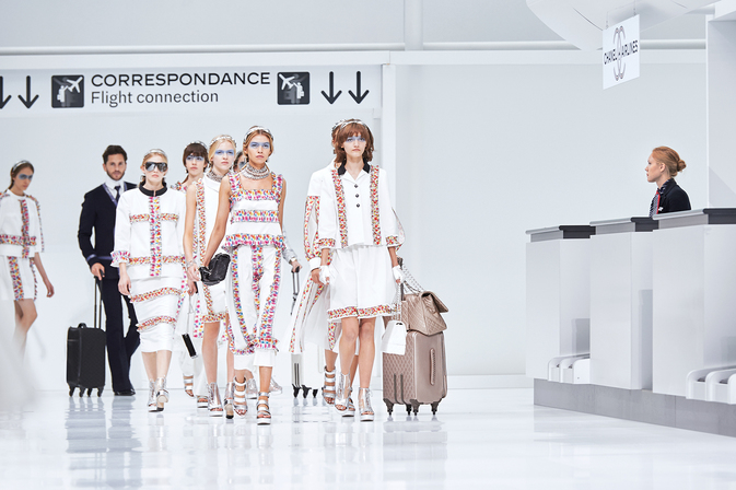 chanel-airlines-spring-summer-2016-ready-to-wear-finale