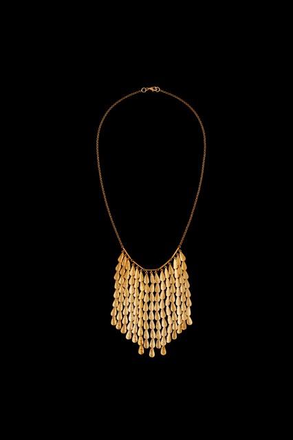 Sophia-Kokosalaki-Jewellery-AW16-13-Hailstorm-Vogue-2Mar16_b_426x639