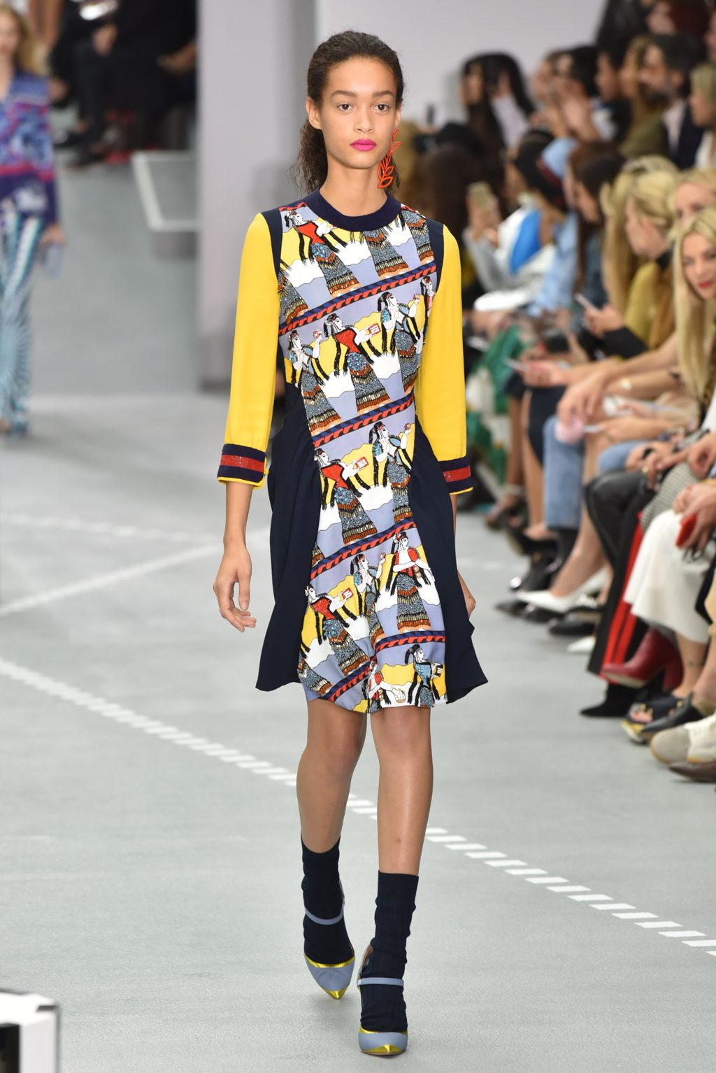 LFW-SS17-Mary-Katrantzou-Krisztian-Pinter-the-upcoming-6-1024x1534