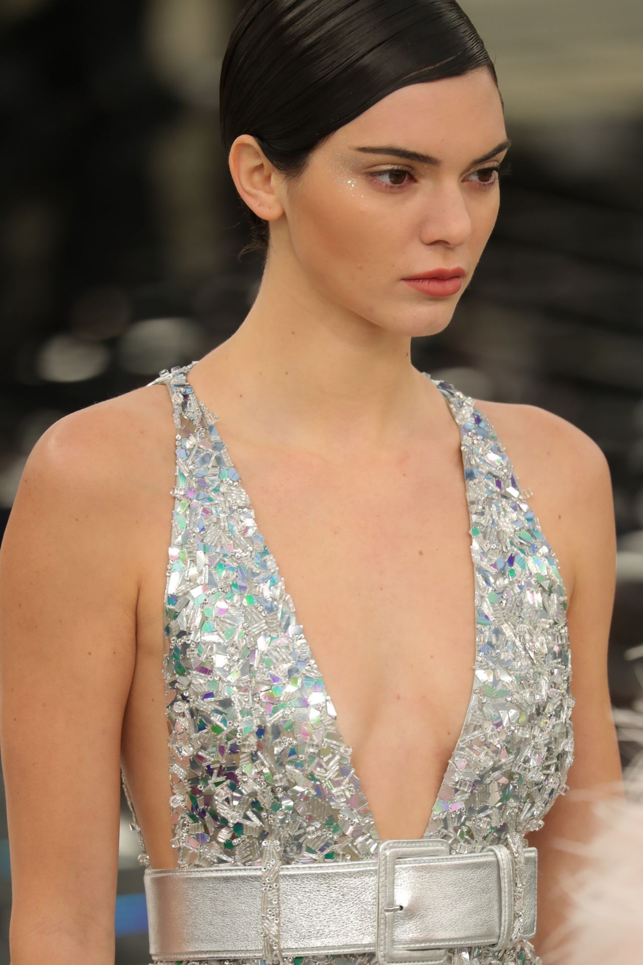 kendall-jenner-chanel-show-spring-summer-2017-haute-couture-fashion-week-in-paris-1-24-2017-3