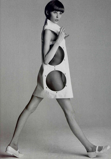 005-andre-courreges-theredlist