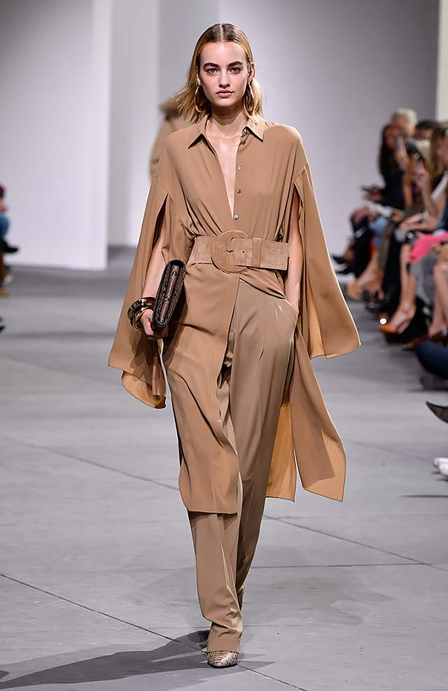 Michael-kors-fall-winter-2017-collection-fw17-8-brown-pants-matching-dress-velvet-belt