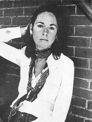 800px-Louise_Glück_circa_1977